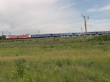 ЧС7 со скорым поездом залетает на